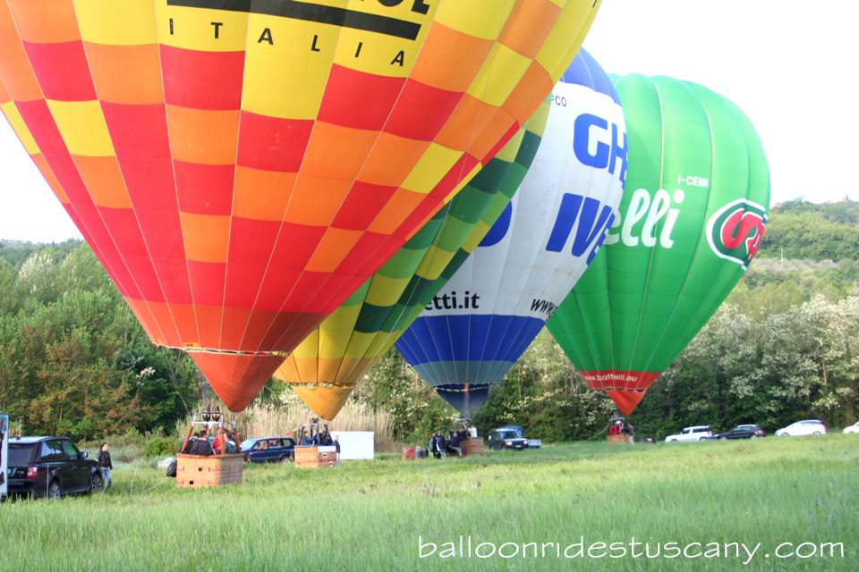 hor air balloons ready for takeoff