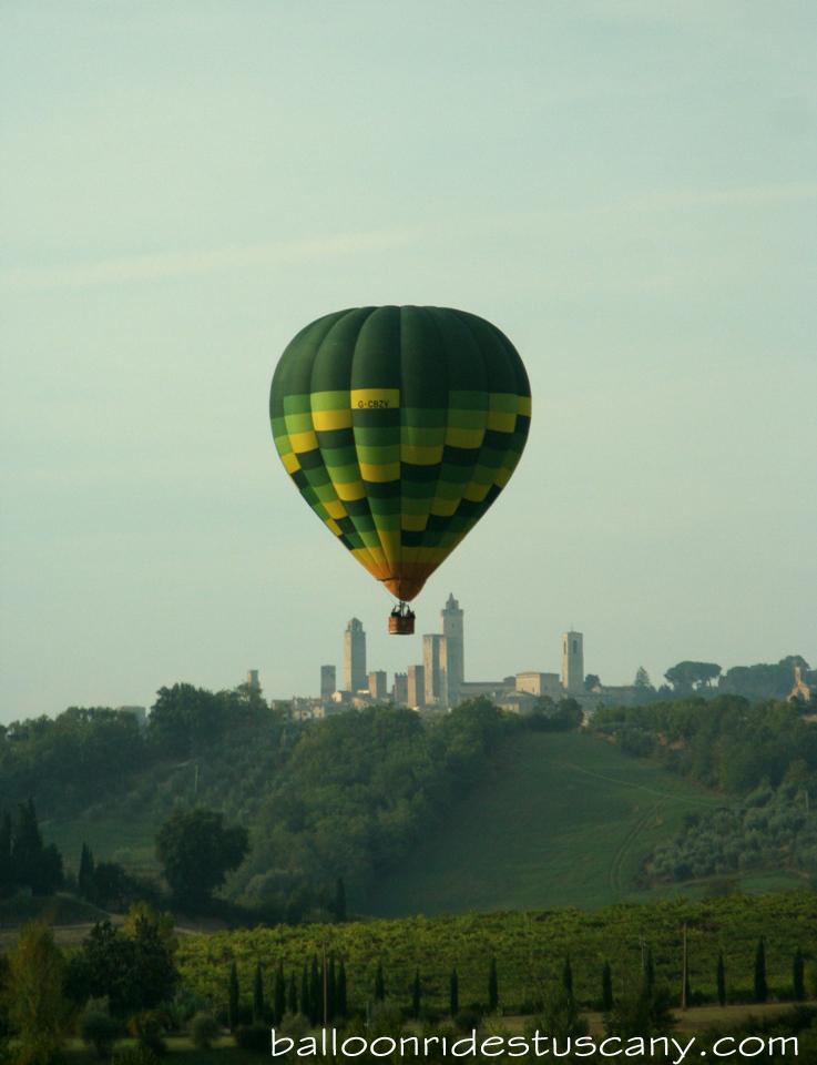 balloon rides in San Gimignano