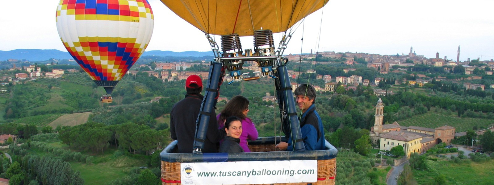 Discover Tuscany by Hot-air balloon