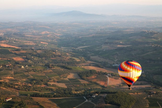 Tuscany hot-air ballooning