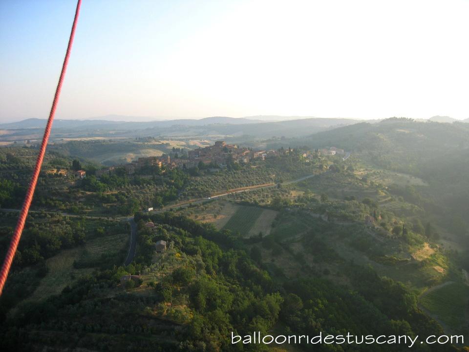 Montisi balloon rides