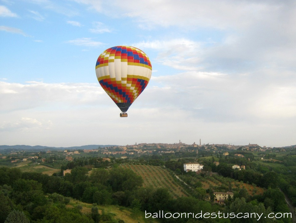 Group hot air balloon flight over Siena