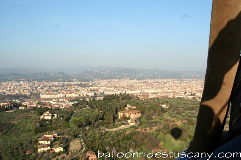 approaching Florence with balloon