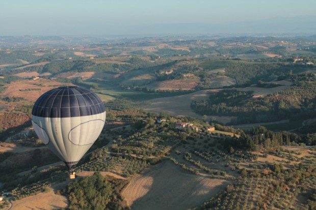 balloon ride over tuscany