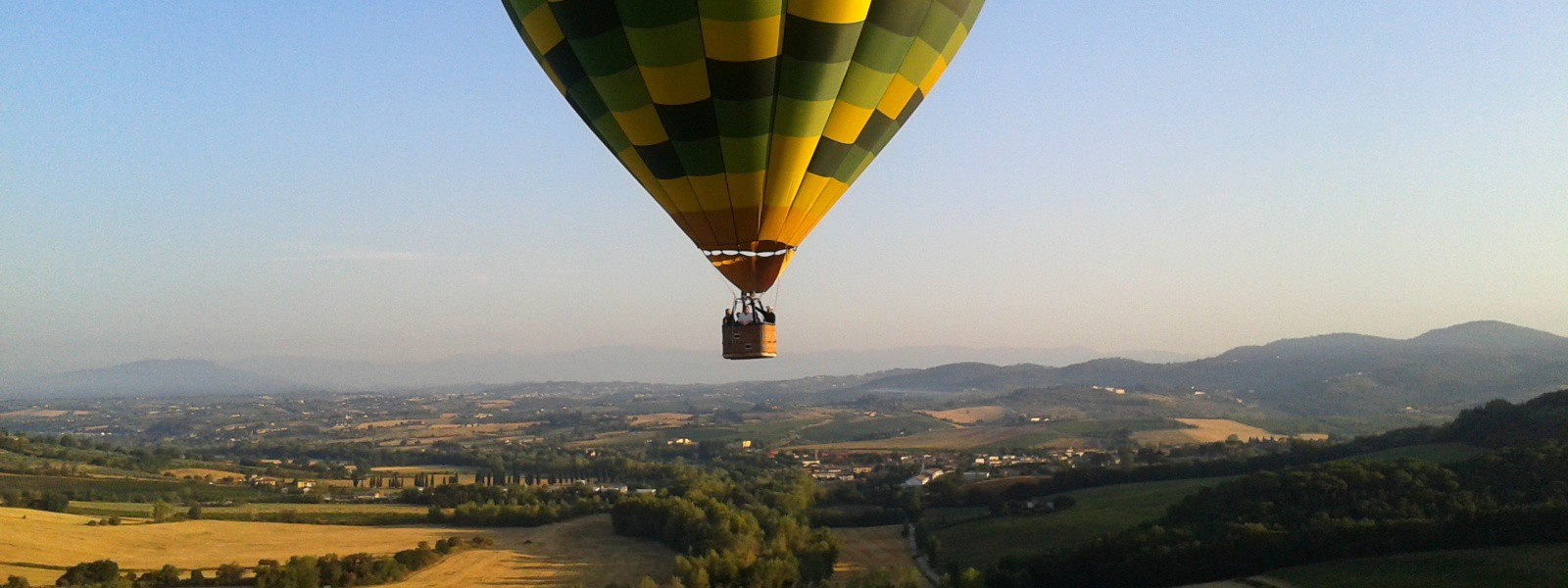 Booking a hotair balloon flight in Italy