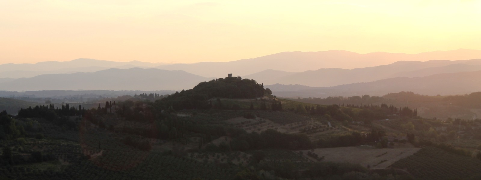 discover hot air ballooning in Chianti
