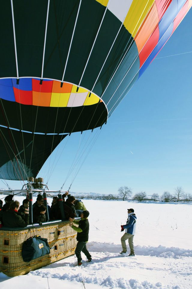balloon crew arrives after balloon landing