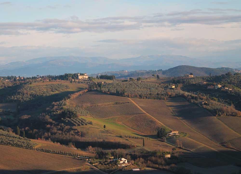 winter-balloon-flight-tuscany